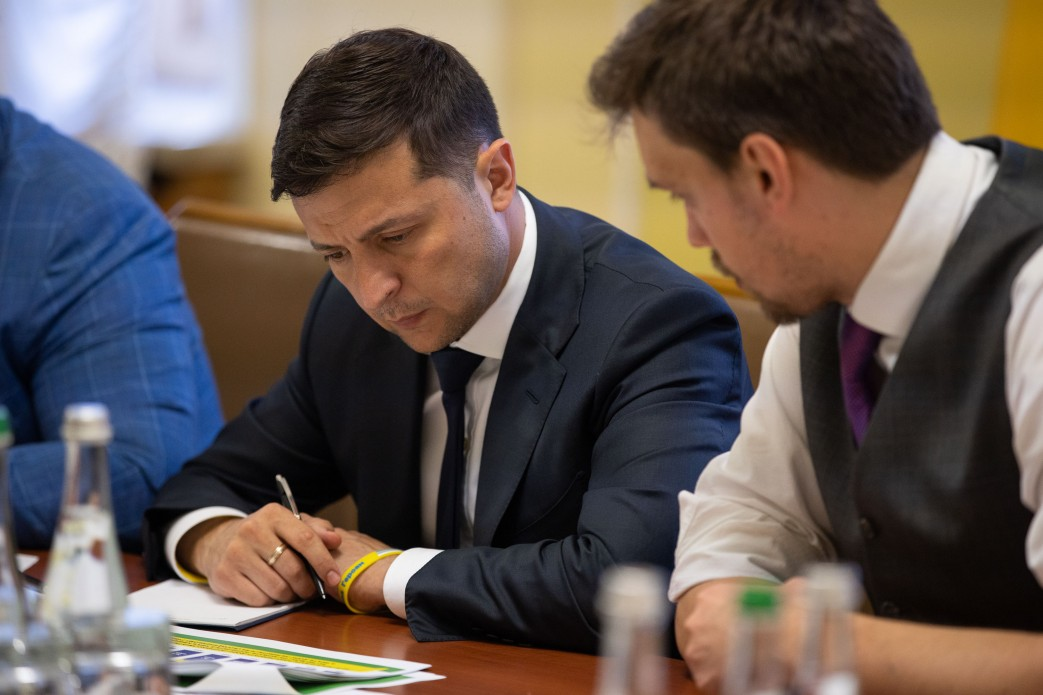 Володимир Зеленський підписав указ щодо підвищення якості доріг в Україні