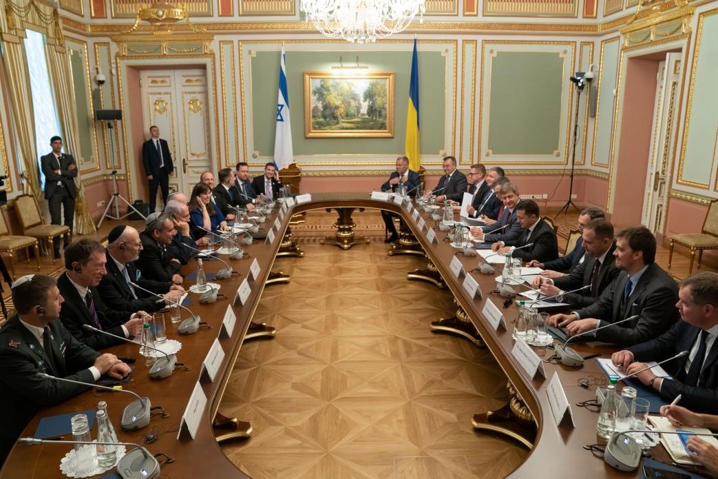 Україна та Ізраїль домовилися остаточно вирішити проблему масових відмов українцям у перетині ізраїльського кордону – Володимир Зеленський