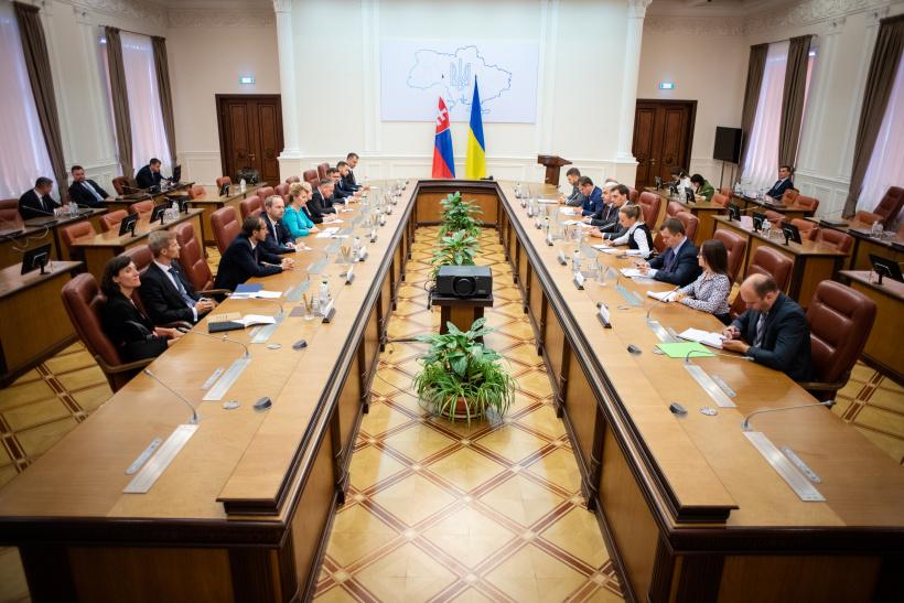 Олексій Гончарук зустрівся з Президенткою Словацької Республіки Зузаною Чапутовою