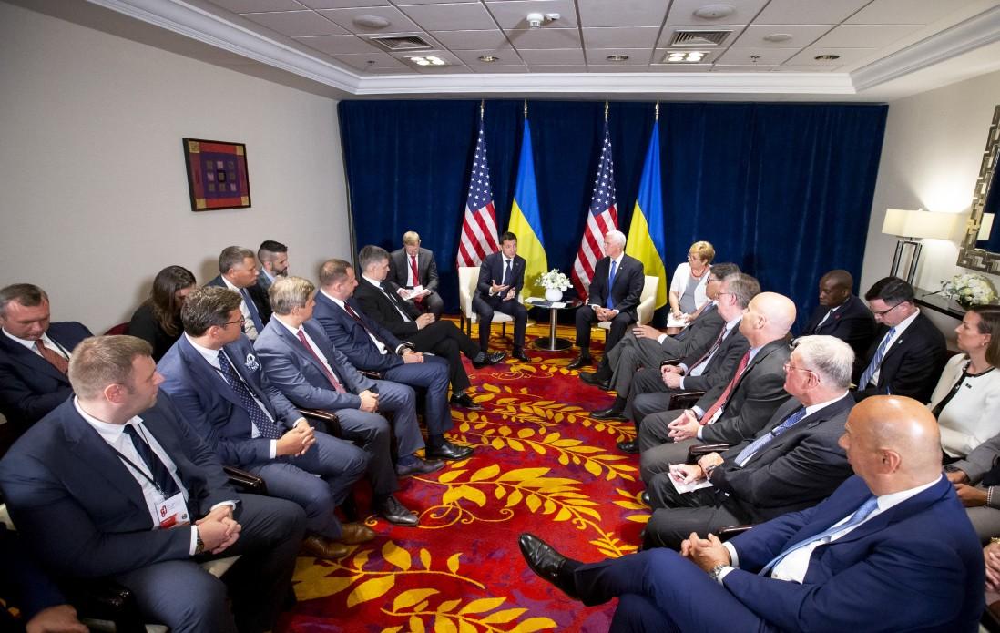 Володимир Зеленський обговорив з Віце-президентом США військово-технічну допомогу Україні та співпрацю в галузі енергетики
