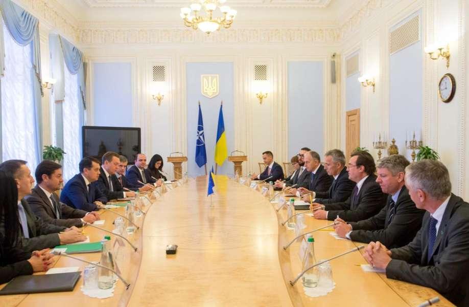Євроатлантичні прагнення України залишаються незмінними, – Дмитро Разумков